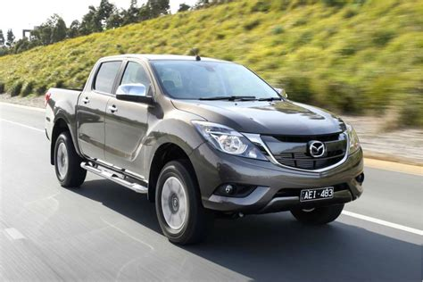 Facelifted Mazda Bt50 (2017) First Drive Carscoza