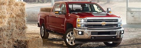 Chevy Hd Trucks by 2 Chevy Trucks That Offer The Allison 1000 Transmission