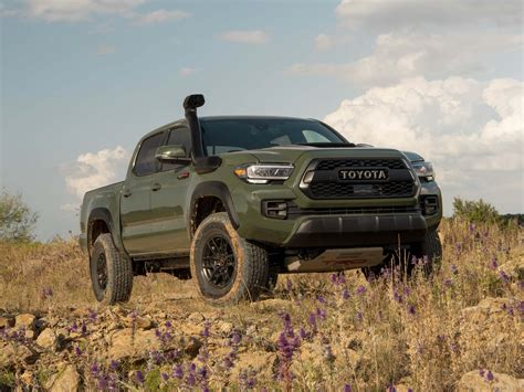 gladiator  tacoma  mercedes  class preview
