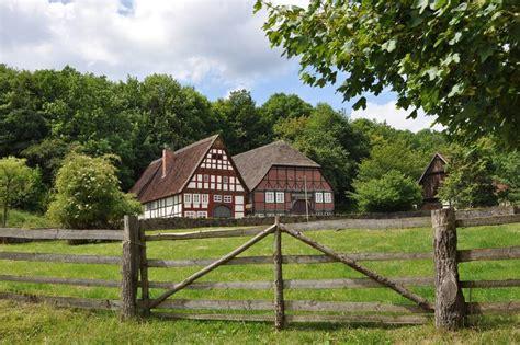 Haus Kaufen Pferdehaltung Hannover by Haus Mit Scheune Stall Und Wiese F 252 R Pferdehaltung