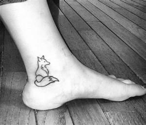 Tatouage Loup Geometrique : tatouage minimaliste loup ~ Melissatoandfro.com Idées de Décoration