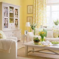 yellow livingroom living room yellow walls interior decorating