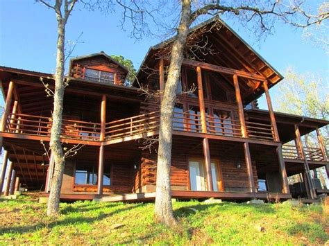 cabins for rent oklahoma 25 best ideas about oklahoma cabin rentals on