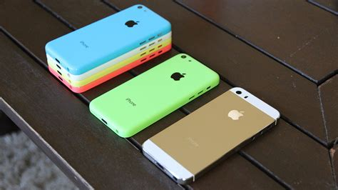 iphone 5s or 5c gold iphone 5s review chagne housing iphone 5s vs