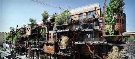 25 Verde  Treehouse Apartment Building In Italy