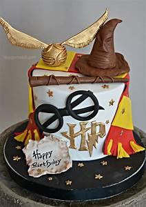 Deco Harry Potter Anniversaire : harry potter cake anniversaire louna pinterest gateau anniversaire gateau harry potter et ~ Melissatoandfro.com Idées de Décoration