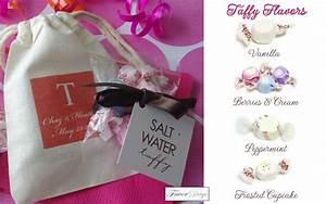 unique edible wedding favors salt water taffy and With salt water taffy wedding favors
