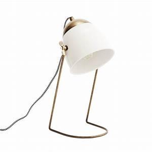 Lampe De Chevet Dorée : madam stoltz lampe de chevet en laiton blanc et dor ~ Dailycaller-alerts.com Idées de Décoration
