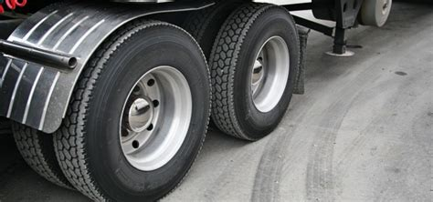 Tire Safety Tips Every Semi-truck Driver Should Adopt