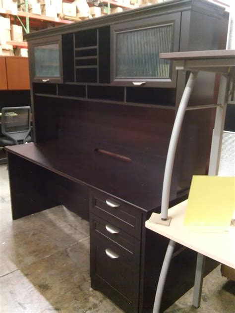 espresso executive desk  hutch magellan performance