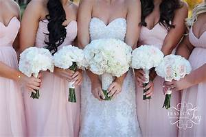Wedding party bridal bouquet flower ideas austin for Wedding party flowers ideas