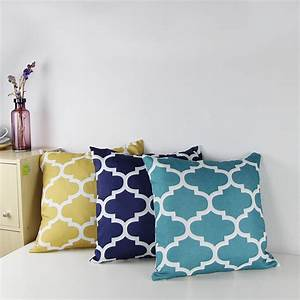 2015 canvas quatrefoil accent decorative throw pillow for Sofa cushion cover price