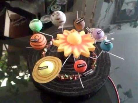 maqueta del sistema solar con movimiento youtube