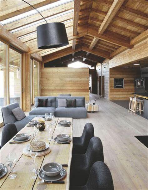 maison tout en bois 25 best ideas about plan cabane en bois sur cabanes en bois bois de charpente et