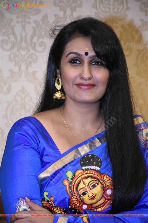 actress kavitha films kavitha nair actress images kavitha nair at book launch photos