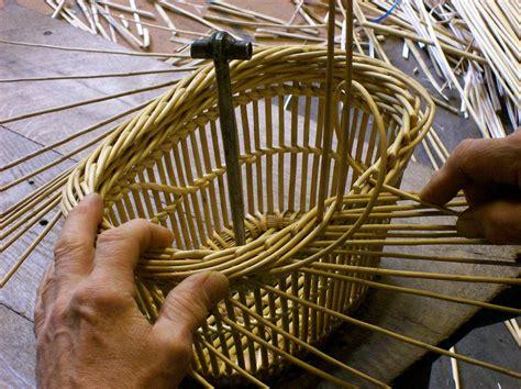 comment fabriquer une le torche fabriquer un panier l oseraie de pen ar hoat vannerie d osier