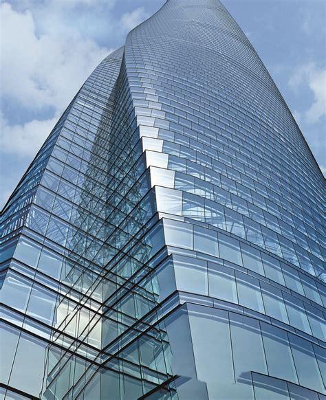 twists  turns   shanghai tower dream big