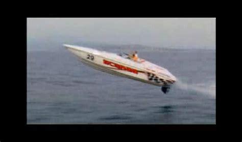 Cigarette Boat Offshore by Cigarette Boat Jump Www Pixshark Images Galleries