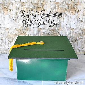 Cheap Centerpiece Idea: Graduation Party Décor DIY