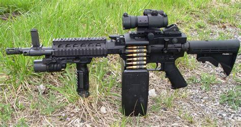 Shrike Belt-fed M16