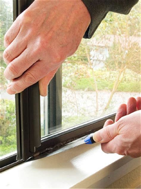 Repairing Sliding Windows   How to Repair a Window. DIY Advice