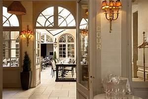 Architecture Neo Classique : le georges au grand monarque de chartres le restaurant ~ Melissatoandfro.com Idées de Décoration