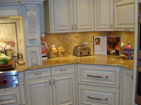 kitchen cabinets colors best 25 kitchen granite countertops ideas on 2932