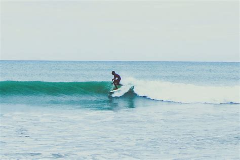 newcomers 10 best places to learn to surf hiconsumption
