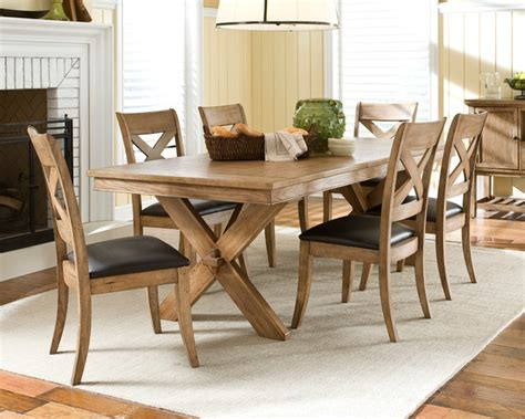 light wood dining table casual restaurant table setting www imgkid the