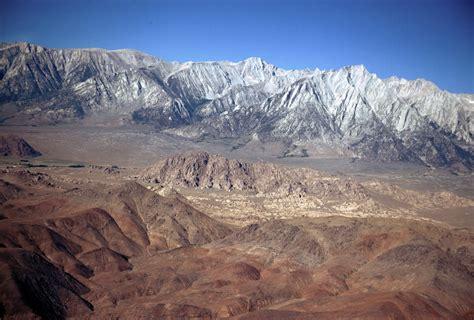 nevada mountain range rises rapidly