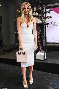 Elyse Knowles leads arrivals at Myer Brunch in Melbourne ...