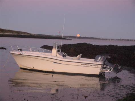 Boat Trader Grady White 209 by 1998 Grady White 209 Escape Sold The Hull