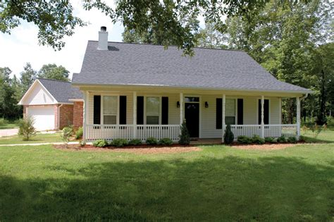beautiful acadian house style farmview acadian country home plan 040d 0001 house plans