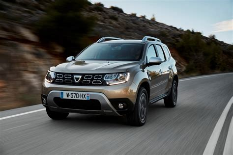 renault duster 2018 dacia duster detailed in new photos and videos