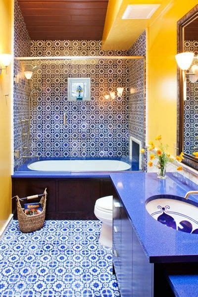blue and yellow bathroom ideas 1000 ideas about blue yellow bathrooms on pinterest yellow mediterranean bathrooms vintage