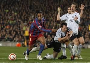 Ronaldinho Dribbling   www.pixshark.com - Images Galleries ...