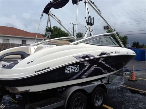 Wakeboard Boat Financing by 2008 Used Yamaha 212x Ski And Wakeboard Boat For Sale