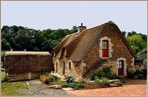 maison bretonne thatched vernacular house brittany With maison toit de chaume 6 les maisons typiques bretonnes
