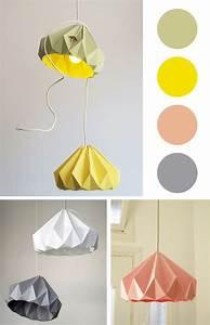 Abat Jour Origami : pin by morgan sanders on craftspirations pinterest artisanat lampes en papier et abat jour ~ Teatrodelosmanantiales.com Idées de Décoration