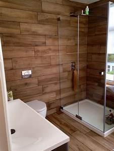 Panneau Stratifié Douche : douche en bois 15 designs la douche de charme par ~ Zukunftsfamilie.com Idées de Décoration