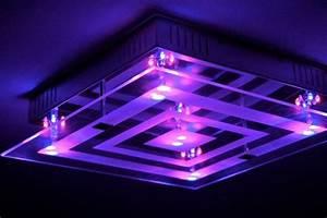 Deckenlampe Mit Farbwechsel : design lampe led farbwechsel fernbedienung deckenlampe ~ A.2002-acura-tl-radio.info Haus und Dekorationen