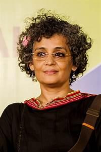 Leere Flaschen Für Likör : arundhati roy wikipedia ~ Markanthonyermac.com Haus und Dekorationen