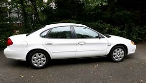 2000 Ford Taurus - Pictures
