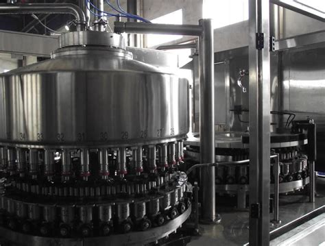 china rotary full automatic plastic bottle filling  sealing machine hgfj    china
