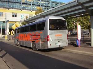 Was Ist Ein Bus : ein mercedes tourismo an der haltestelle hauptbahnhof der bus ist nicht aus dem saarland das ~ Frokenaadalensverden.com Haus und Dekorationen