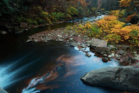 File:Mill-creek-fall-scene - West Virginia - ForestWander ...