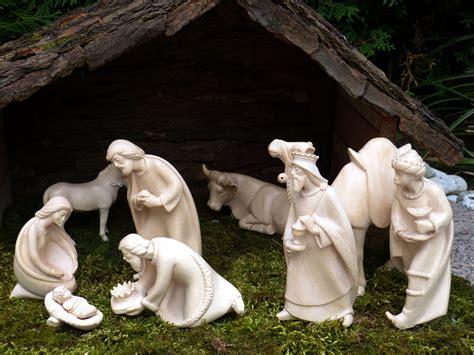 jesus christmas crib statue set buy when is 2017 the farmer s almanac