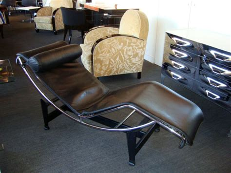 Chaise Longue Le Corbusier Occasion by Chaise Longue Lc4 Le Corbusier Occasion Table De Lit A
