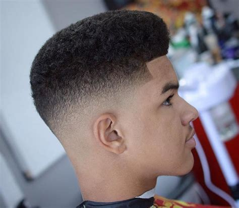 coiffure homme afro degrade