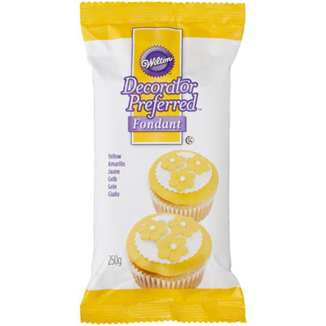 wilton decorator preferred fondant gluten free wilton decorator preferred fondant amarillo 250g 03
